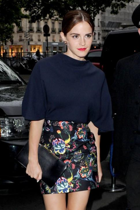 Emma Watson, Kristen Stewart mặc đẹp nhất tuần
