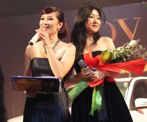 Eva de Eva đồng hành cùng Lady Luxury Night 2011