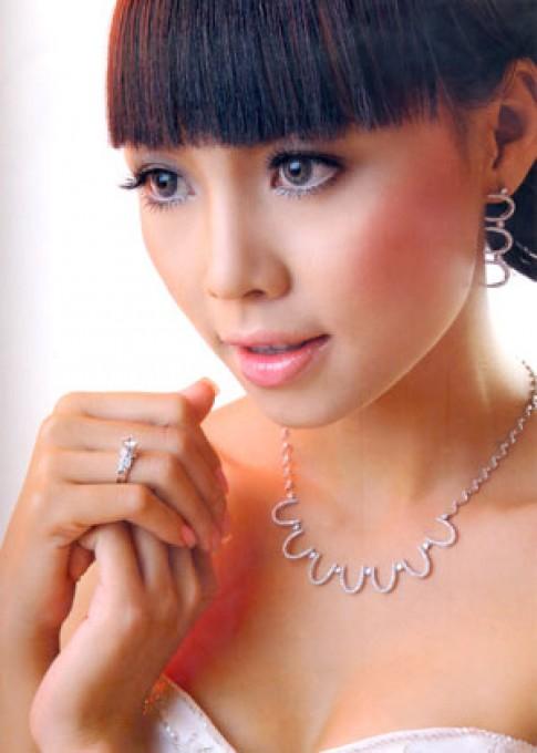 Giải thưởng 225 triệu đồng cho Hoa hậu Trang sức VN