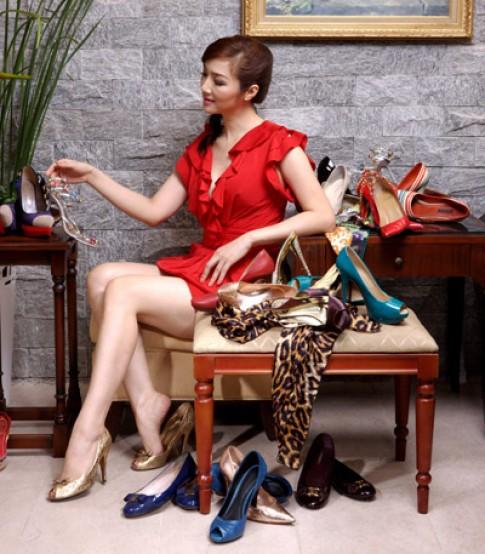 Giáng My: 'Không có trang sức như quên mặc đồ'