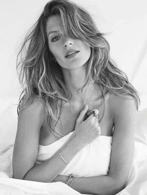 Gisele Bündchen nóng bỏng trên Vogue