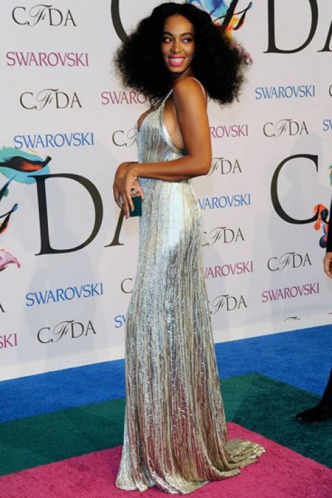 Gu mặc đẳng cấp của em gái Beyonce