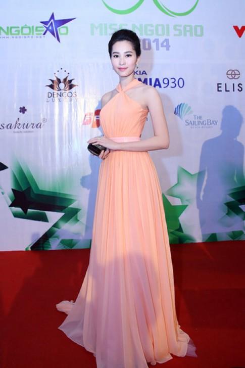 Hà Kiều Anh, Đặng Thu Thảo mặc đẹp nhất tuần qua