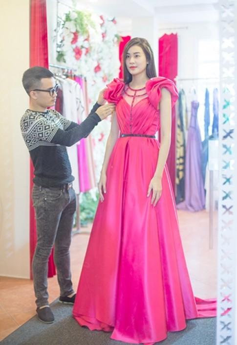 Hà Phương chuẩn bị trang phục thi Siêu mẫu Quốc tế