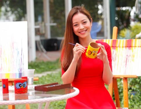 Hà Tăng, Jennifer Phạm trang điểm đẹp nhất tuần