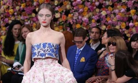 Hãng Dior bị chỉ trích phân biệt chủng tộc
