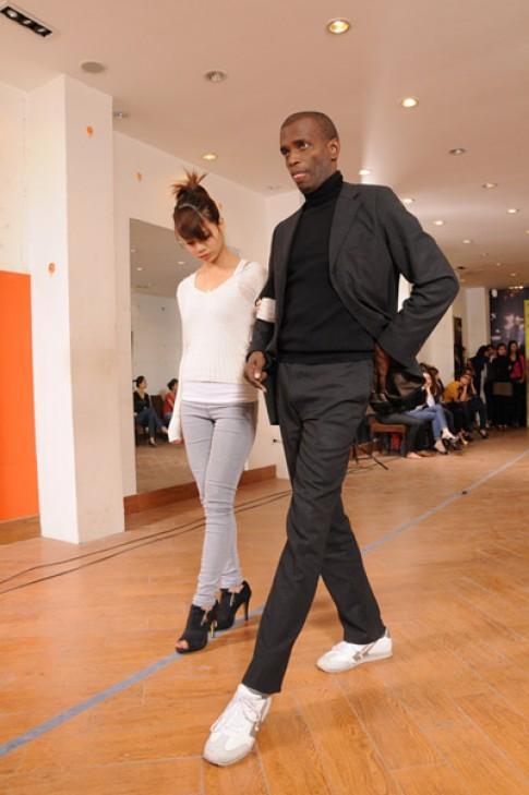 Henri Hubert làm tổng đạo diễn Tracy Fashion Show