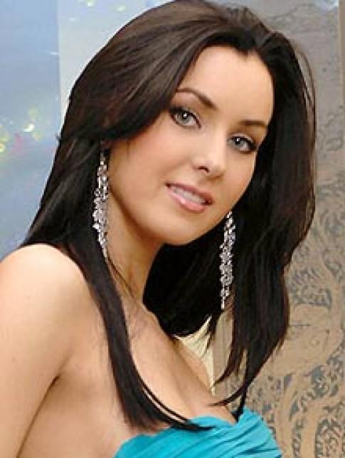 Hoa hậu Hoàn vũ 2005 thích nấu ăn