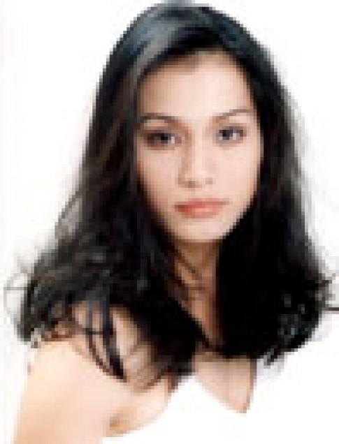 Hoa hậu Ngọc Khánh du học đạo diễn