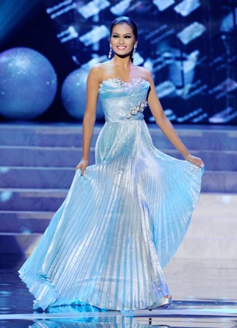 Hoa hậu Philippines làm khách mời show Đỗ Mạnh Cường