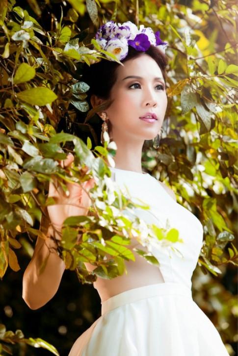 Hoa hậu Thu Hoài hóa công chúa trong rừng