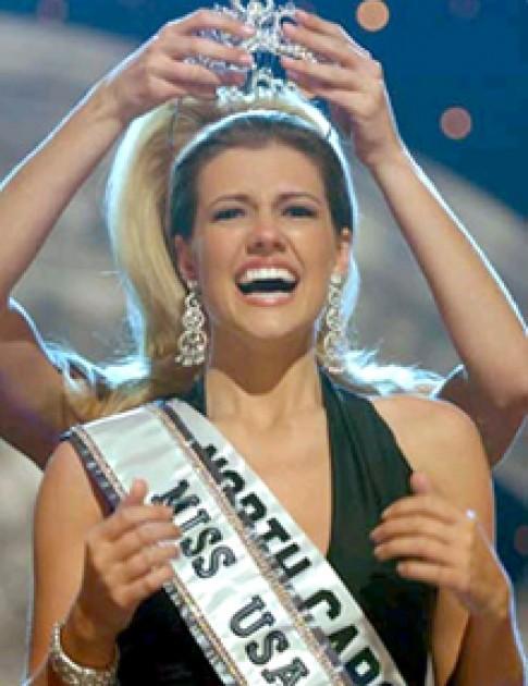 Hoa khôi Bắc Carolina đăng quang hoa hậu Mỹ 2005