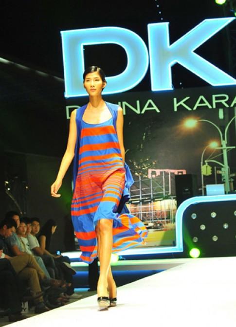 Hoàng Thùy ấn tượng ở 'DKNY Fashion Show'