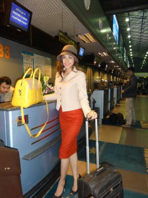 Hương Trâm chọn trang phục Miana cho 'Miss International'