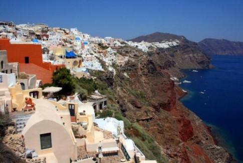 Hy Lạp muốn dùng du khách để vạch mặt kẻ trốn thuế