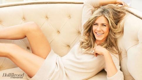 Jennifer Aniston, trẻ đẹp theo thời gian
