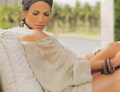 Jennifer Lopez thích mẫu thời trang của bà Becks
