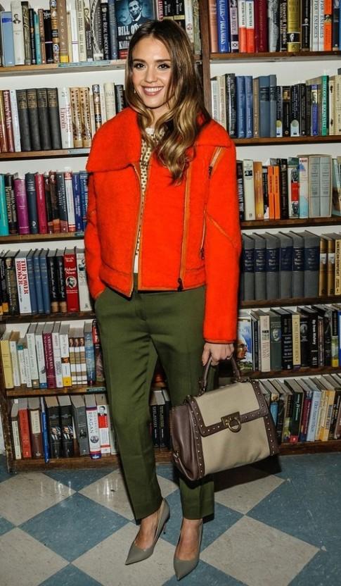 Jessica Alba - ngôi sao thời trang tháng ba