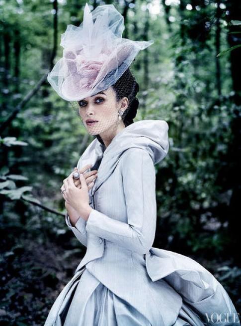 Keira Knightley hóa thân thành Anna Karenina