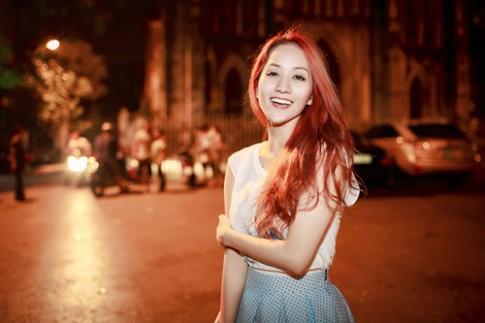 Khánh Thi, Hồng Quế trang điểm đẹp nổi bật