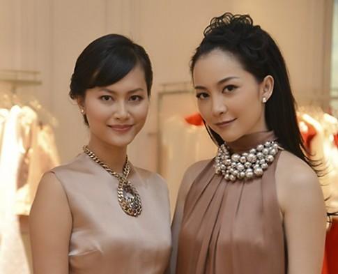 Linh Nga, Hải Yến cùng chọn váy màu trầm