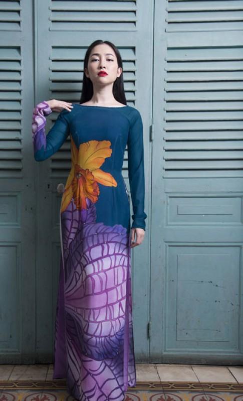 Linh Nga tôn vinh áo dài Việt