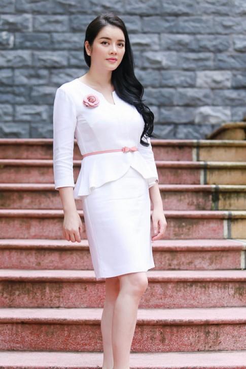 Lý Nhã Kỳ, Angela Phương Trinh mặc đẹp nhất tuần