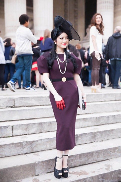 Ly Nha Ky do street style voi Chau Tan o Paris Haute Couture