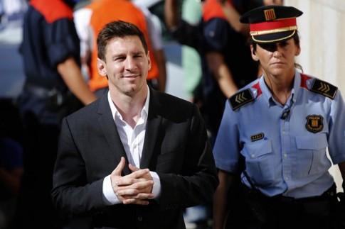 """Messi: """"Sư tử không cần lưu tâm đến ý kiến của bầy cừu"""""""