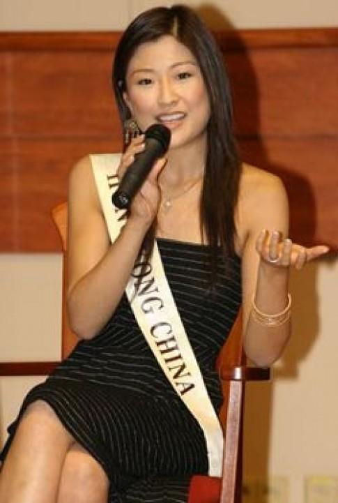 Một ngày bận rộn của các thí sinh Miss World