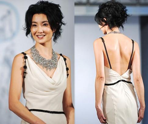 Muôn kiểu khoe lưng của mỹ nhân Hoa ngữ (2)