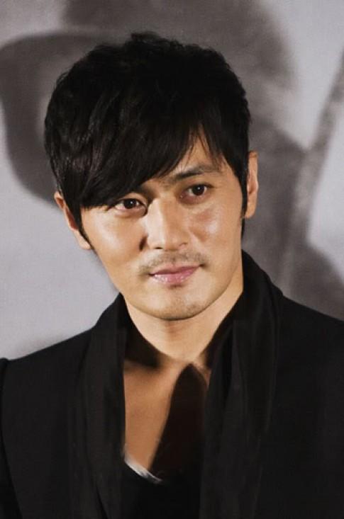 Mỹ nam xứ Hàn sành điệu với tóc mái lệch