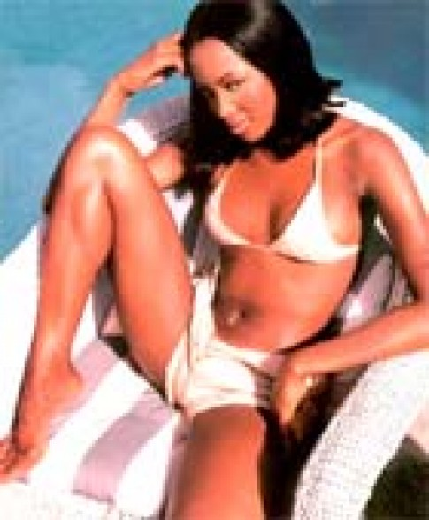 Naomi Campell từng chơi 'hàng trắng'