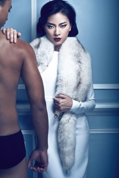 Ngô Thanh Vân lạnh lùng bên mẫu nam sexy