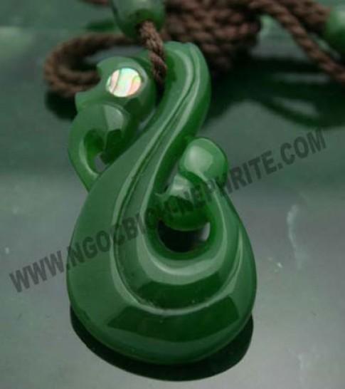 Ngọc Bích Nephrite mở showroom mới