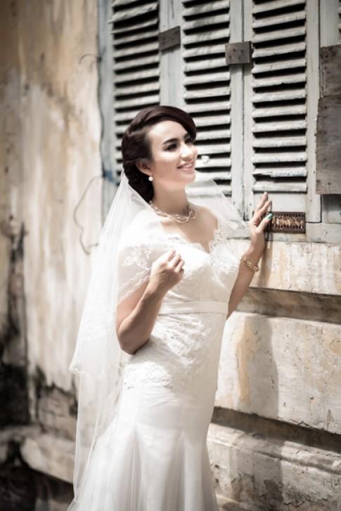 Ngọc Diễm bay bổng cùng váy cưới