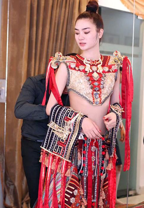 Ngọc Oanh tái hiện hình ảnh vũ nữ Apsara