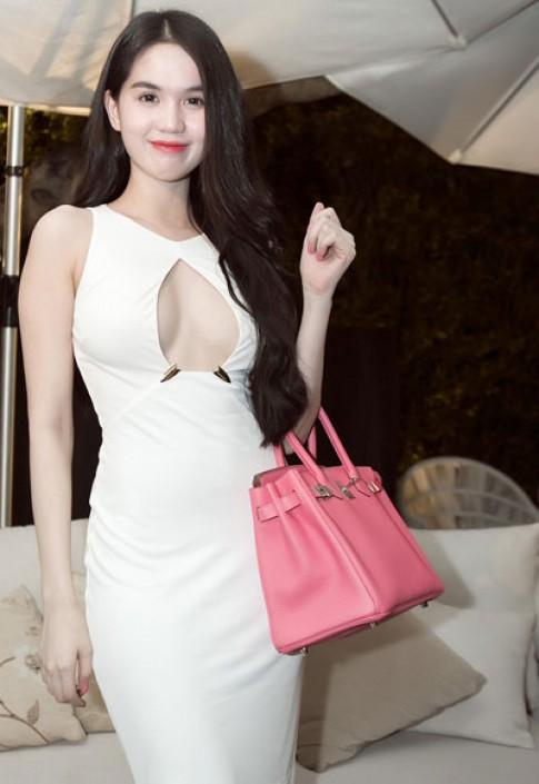 Ngọc Trinh, Linh Chi cùng diện váy khoét ngực