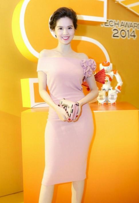 Ngọc Trinh, Tóc Tiên mặc đẹp nhất tuần với váy xẻ bạo