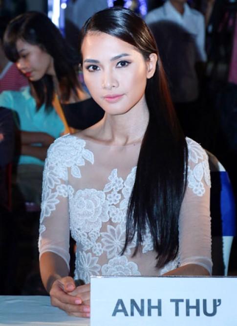 Ngôi sao người mẫu 2014 bị kiện vi phạm bản quyền