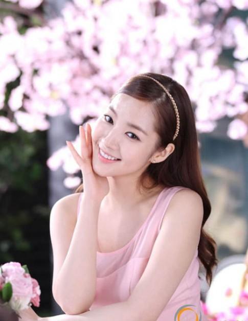 Người đẹp Hoa - Hàn ngọt ngào với bờm tóc