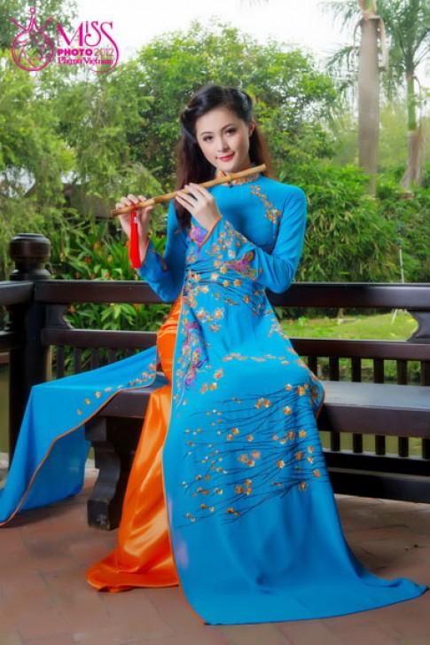 Người đẹp Miss Photo duyên dáng với áo dài