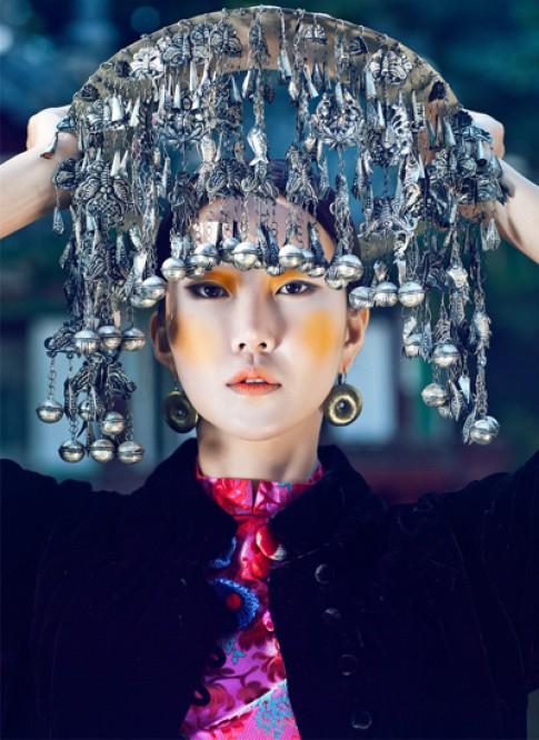 Người mẫu Hàn Quốc rực rỡ trong áo dài Việt