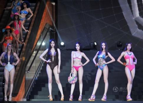 Người mẫu Trung Quốc đăng quang Asia Super Model Contest