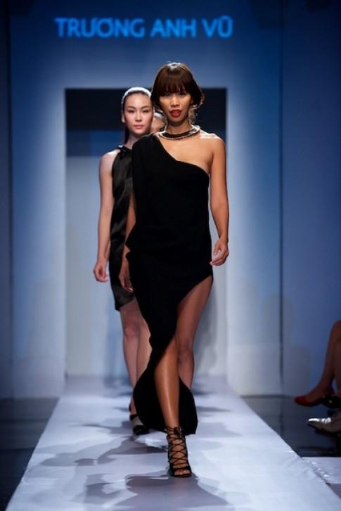 Người mẫu Việt 'khó làm giàu được với nghề'