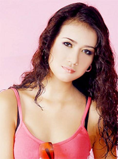 Nguyen Sa du giai Top model of the world 2005