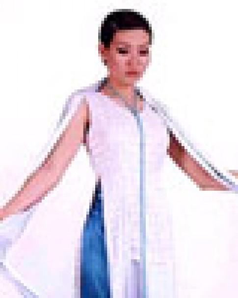 Nhà thiết kế Võ Việt Chung nói về thời trang Việt Nam