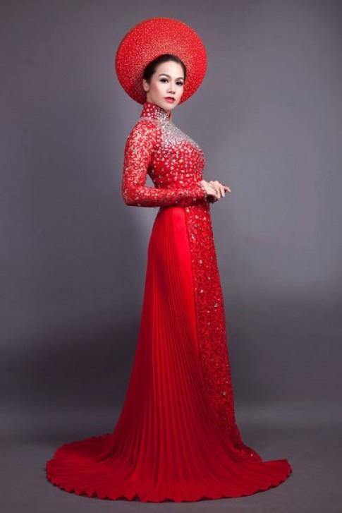 Nhật Kim Anh tung bay áo dài cưới