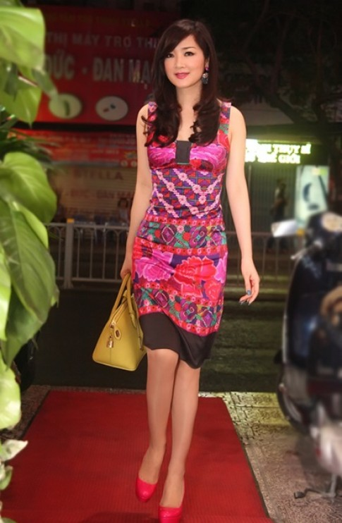 Nhiều sao Việt mất điểm vì mắc lỗi trang phục