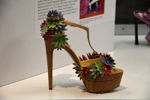 Những đôi giày kỳ lạ nhất trong làng mốt (tiếp)